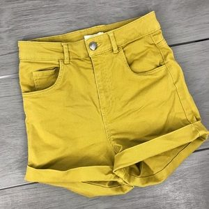 H&M shorts high waisted yellow/green size4